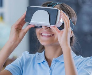 Student wearing visual VR